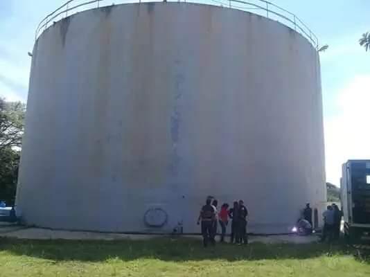(Imagen de un tanque de acueducto como el municipal de Duvergé de mi tiempo de muchacho y más, allá ).